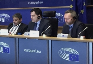Niober García Fournier during the rountable discussion in the European Parliament